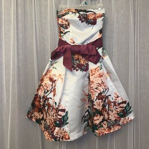 Charlotte Russe Formal Women's Dress